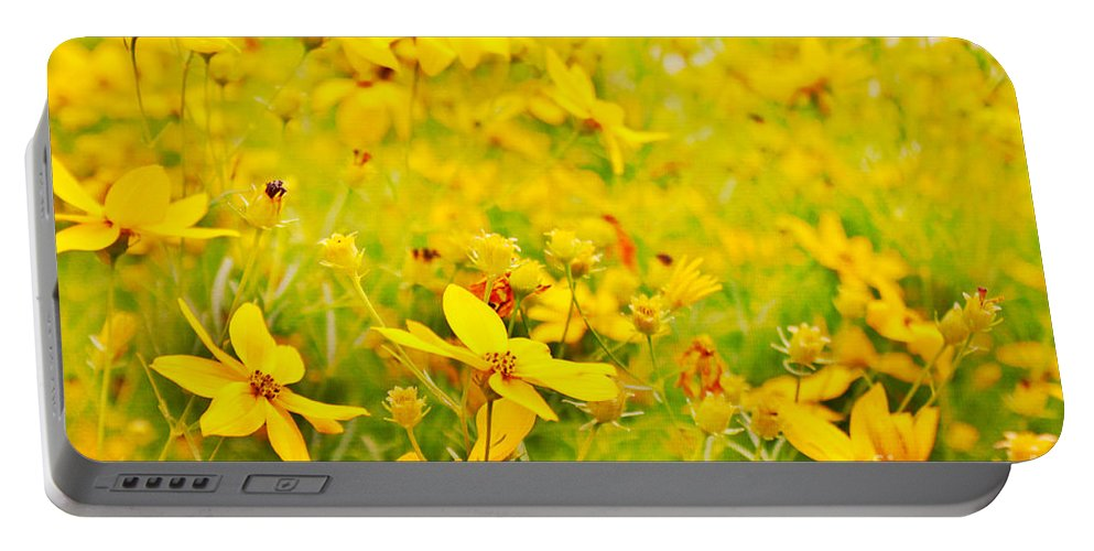 Summer Portable Battery Charger featuring the photograph Aspen Sunflower by Janice Pariza