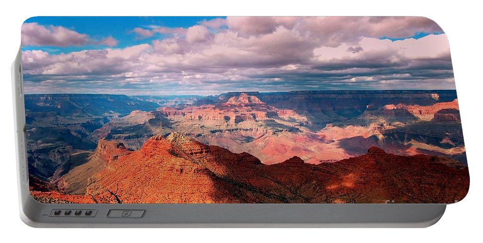 #grandcanyon #nationa L#park #landscape #arizona #travel.tourist.attraction Portable Battery Charger featuring the photograph Awesome View by Kathleen Struckle