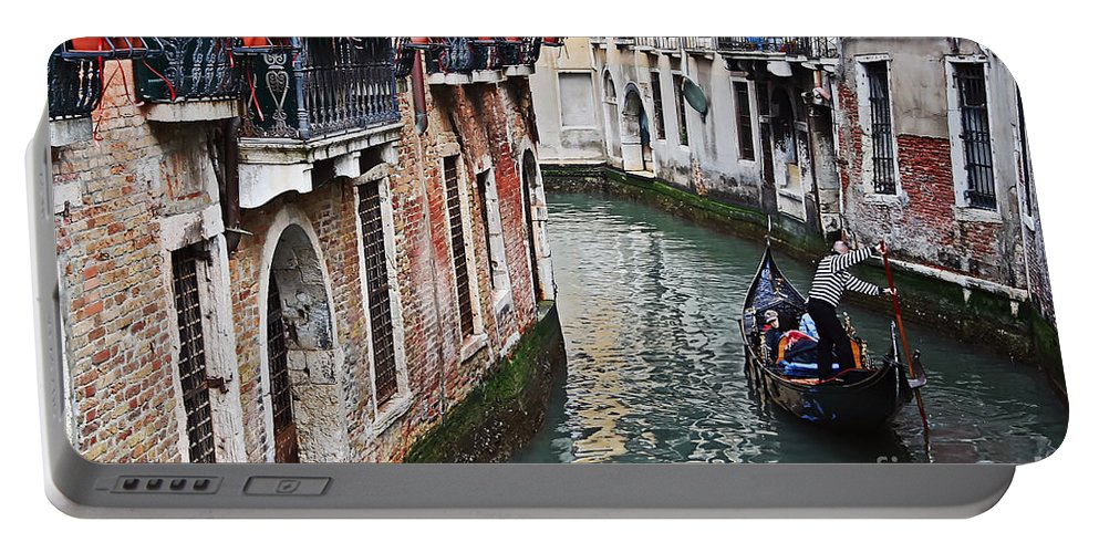 Travel Portable Battery Charger featuring the photograph Balcony And The Gondola by Elvis Vaughn