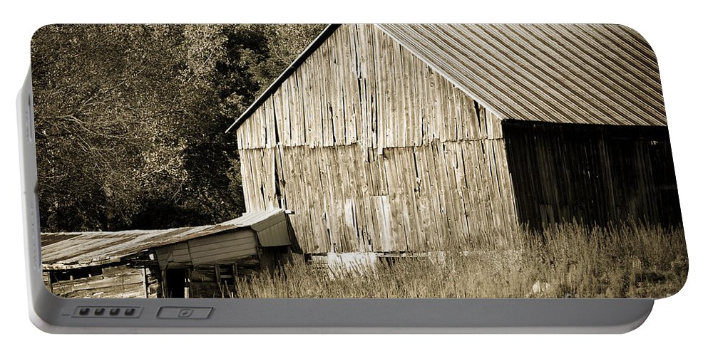 Portable Battery Charger featuring the photograph Barn by Cheryl Baxter