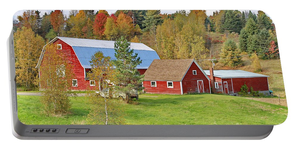 Barn Portable Battery Charger featuring the photograph Barn In Autumn by Deborah Benoit