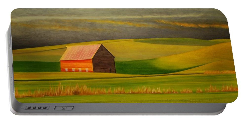 Barn Portable Battery Charger featuring the painting Barn On The Palouse by Leonard Heid