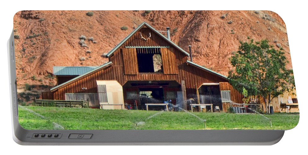 Barn Portable Battery Charger featuring the photograph Barn Ten Sleep Wyoming by Cathy Anderson