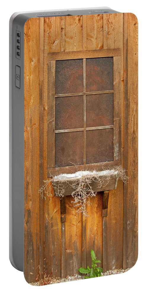 Barn Portable Battery Charger featuring the photograph Barn Window 3348 by Guy Whiteley