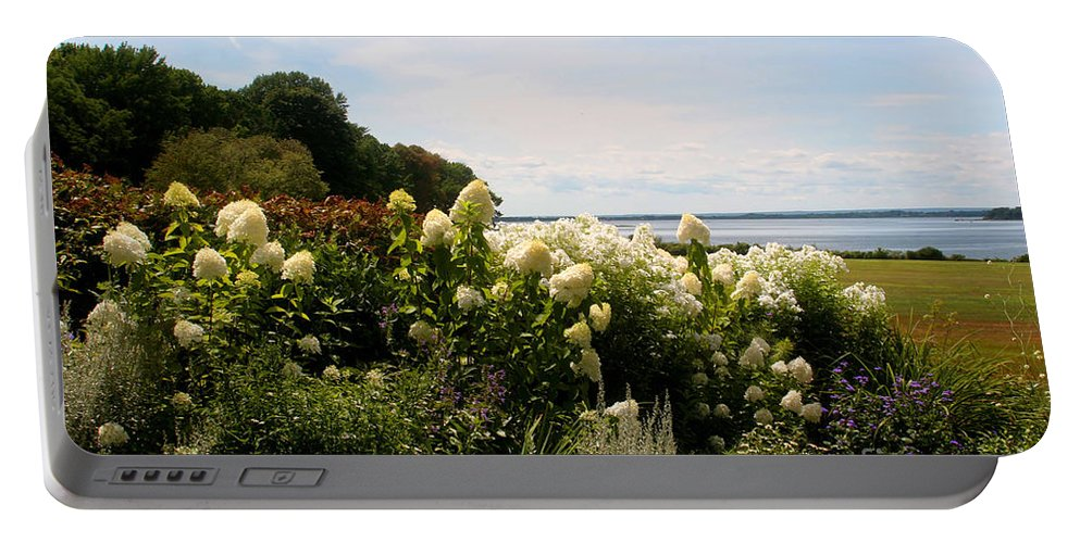 Ocean New Engalnd. Rhode Island Portable Battery Charger featuring the photograph Bay View Bristol Rhode Island by Tom Prendergast
