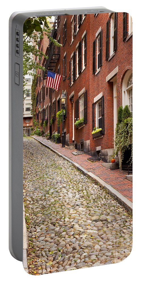 Acorn Portable Battery Charger featuring the photograph Beacon Hill by Brian Jannsen