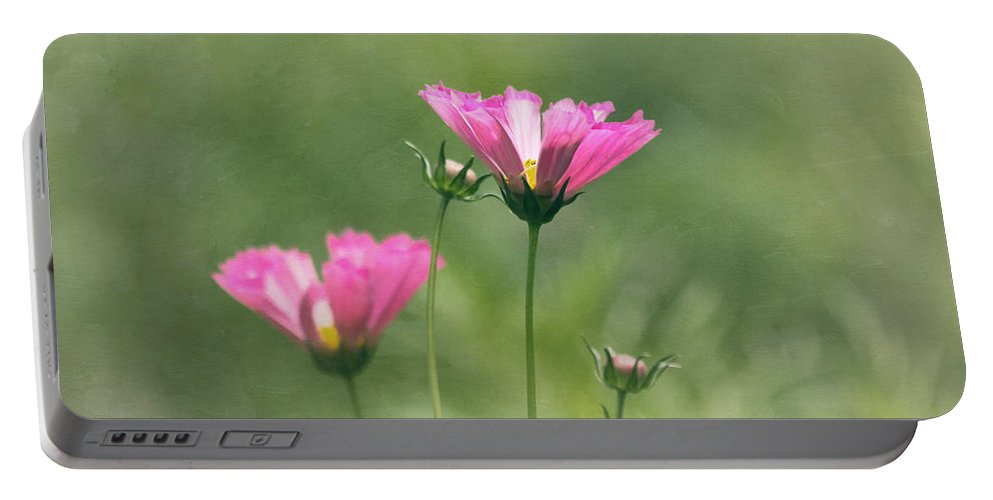 Flower Portable Battery Charger featuring the photograph Believe In Your Dreams by Kim Hojnacki