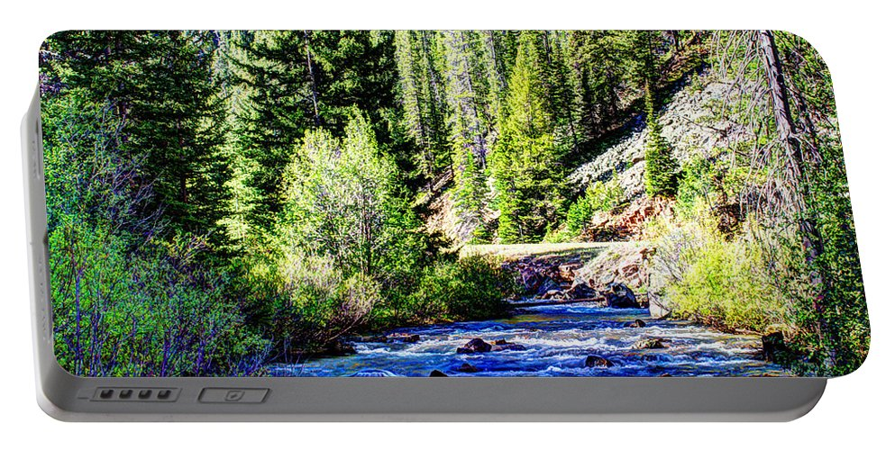 Creek Portable Battery Charger featuring the photograph Belt Creek by John Lee