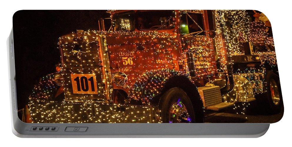 Portable Christmas Lights.Big Rig With Christmas Lights Portable Battery Charger