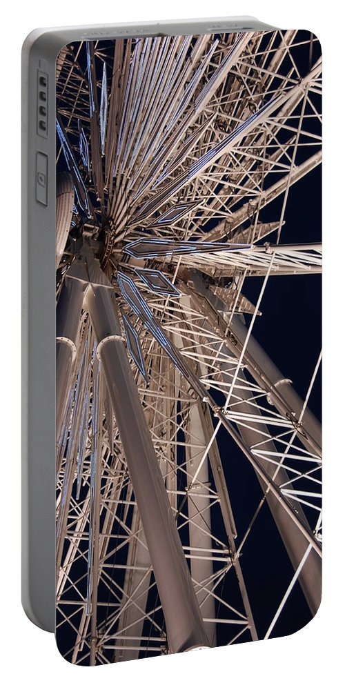 Ferris Wheels Portable Battery Charger featuring the photograph Big Wheel by John Schneider
