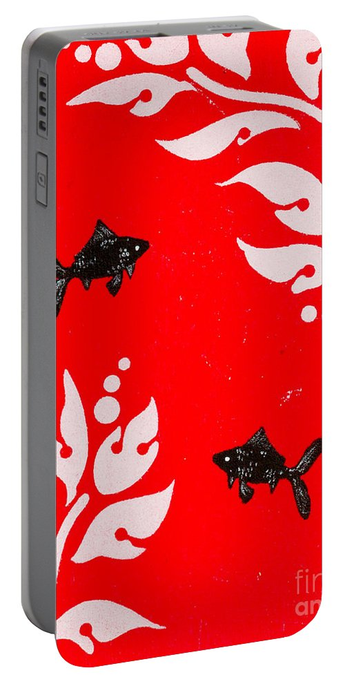 Portable Battery Charger featuring the painting Black Fish Right by Stefanie Forck