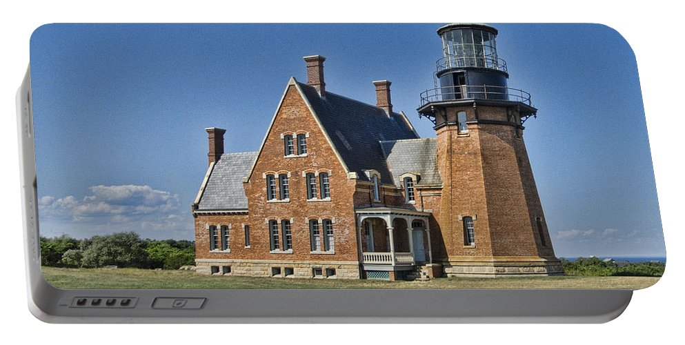 Lighthouse Portable Battery Charger featuring the photograph Block Island Southeast Lighthouse by Phyllis Taylor