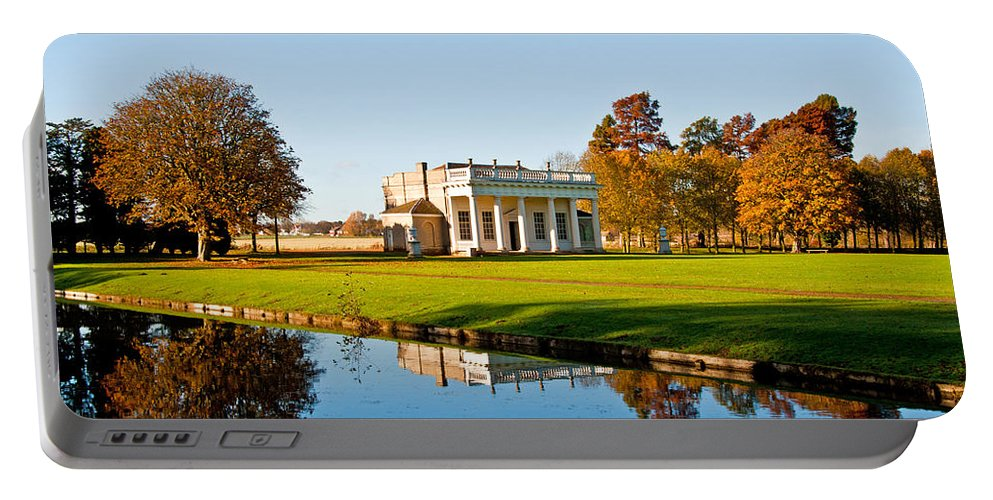 Bowling Gren House Portable Battery Charger featuring the photograph Bowling Green House by Chris Thaxter