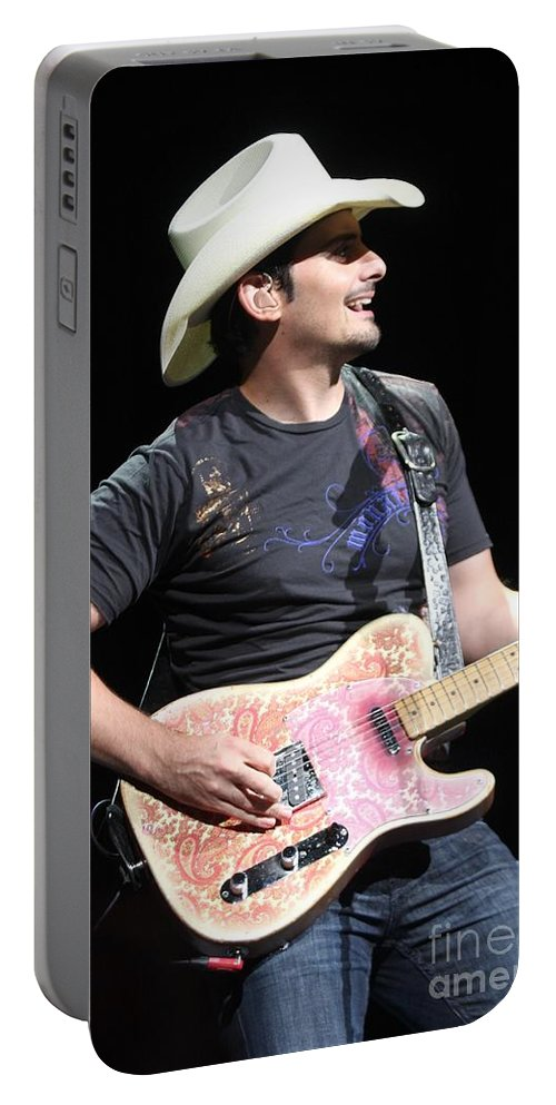 Country Portable Battery Charger featuring the photograph Brad Paisley by Concert Photos
