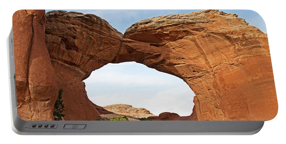 Utah Portable Battery Charger featuring the photograph Broken Arch by David Campbell