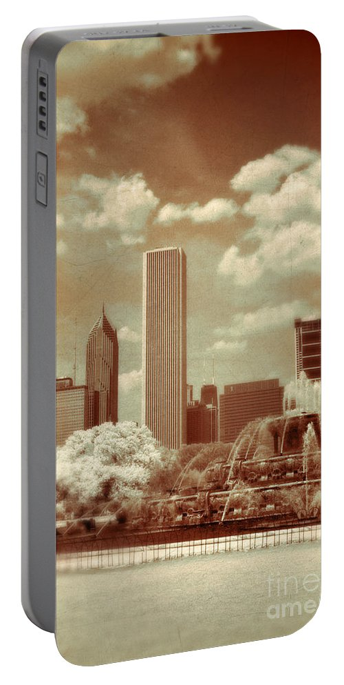 Fountain Portable Battery Charger featuring the photograph Buckingham Fountain In Chicago by Jill Battaglia