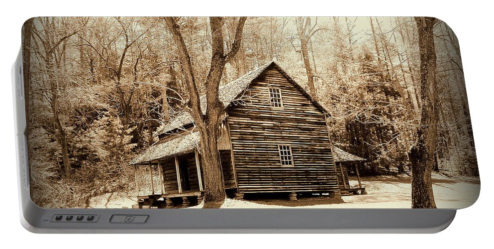 Toni Abdnour Portable Battery Charger featuring the photograph Cabin In Cades Cove by Toni Abdnour