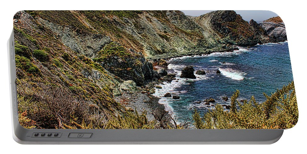 America Portable Battery Charger featuring the photograph California Coastline by Judy Vincent