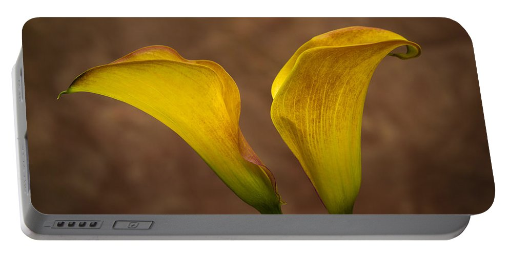 Green Portable Battery Charger featuring the photograph Calla Lilies by Sebastian Musial