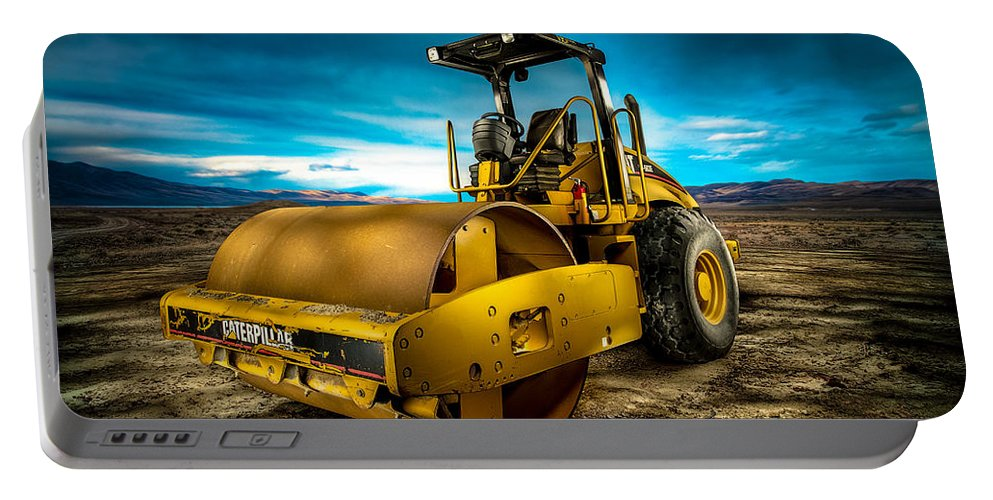 Engine Portable Battery Charger featuring the photograph Caterpillar Cat Roller Cs563e by YoPedro