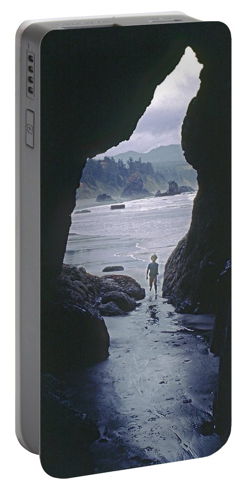 Cave Portable Battery Charger featuring the photograph Mp-335-cave In Battle Rock Port Orford by Ed Cooper Photography