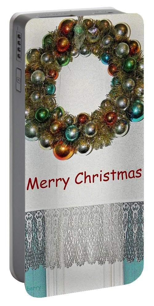 Christmas Portable Battery Charger featuring the photograph Christmas Wreath And Vintage Bulbs by Chris Berry