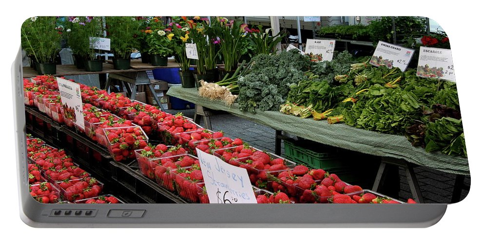 Market Portable Battery Charger featuring the photograph City Market - Manhattan by Christiane Schulze Art And Photography