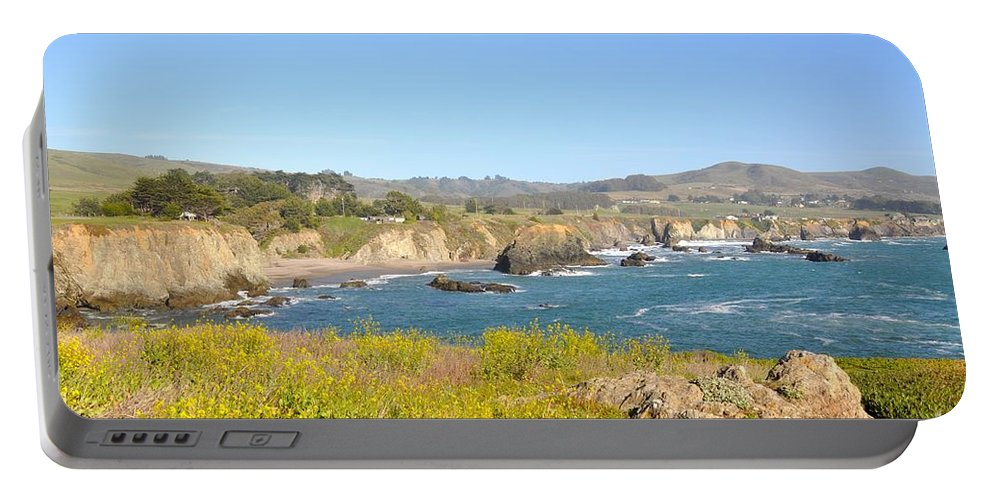 Shore Portable Battery Charger featuring the photograph Cliffside by Christina McKinney
