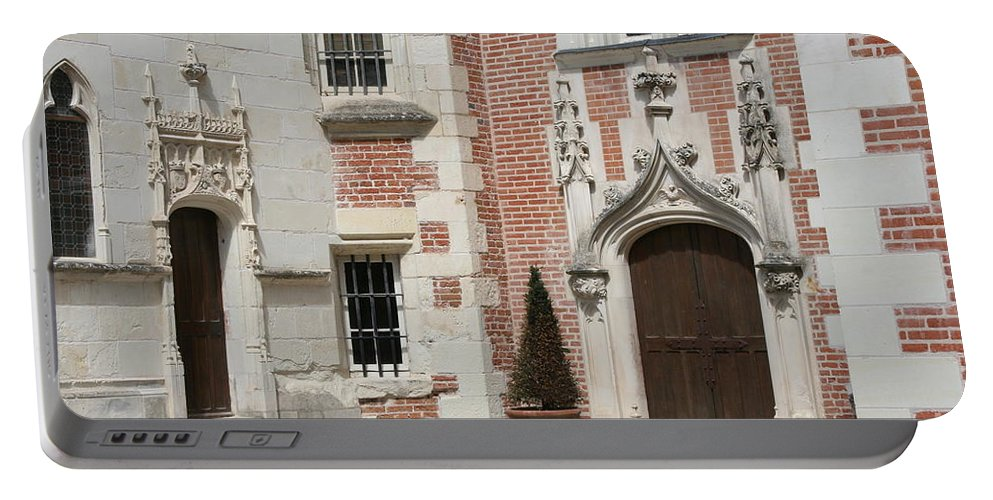 Leonardo Da Vinci Portable Battery Charger featuring the photograph Clos-luce Amboise by Christiane Schulze Art And Photography
