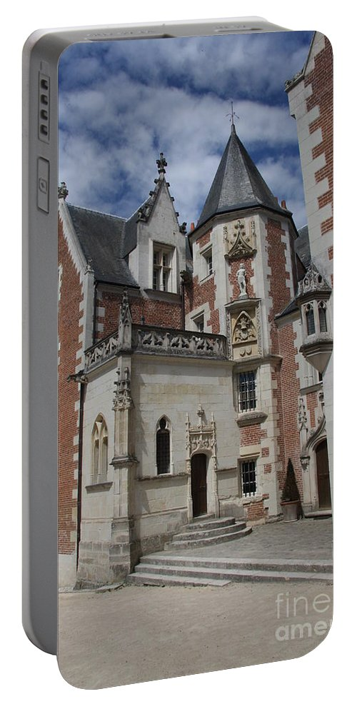 Leonardo Da Vinci Portable Battery Charger featuring the photograph Clos Luce - Amboise - France by Christiane Schulze Art And Photography