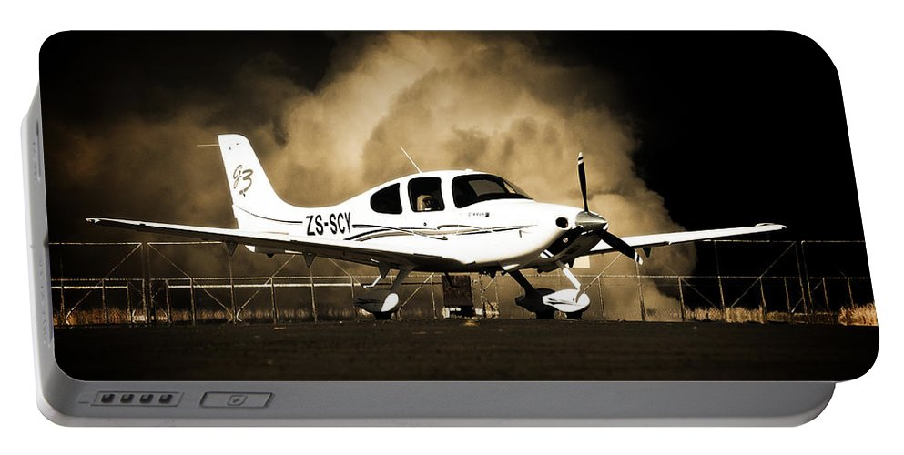 Cirrus Sr22 G5 Portable Battery Charger featuring the photograph Cloud Cirrus by Paul Job