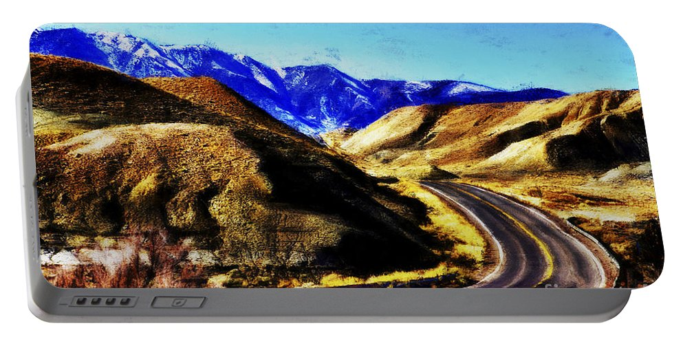 Flagstaff Portable Battery Charger featuring the photograph Color My Road by Douglas Barnard