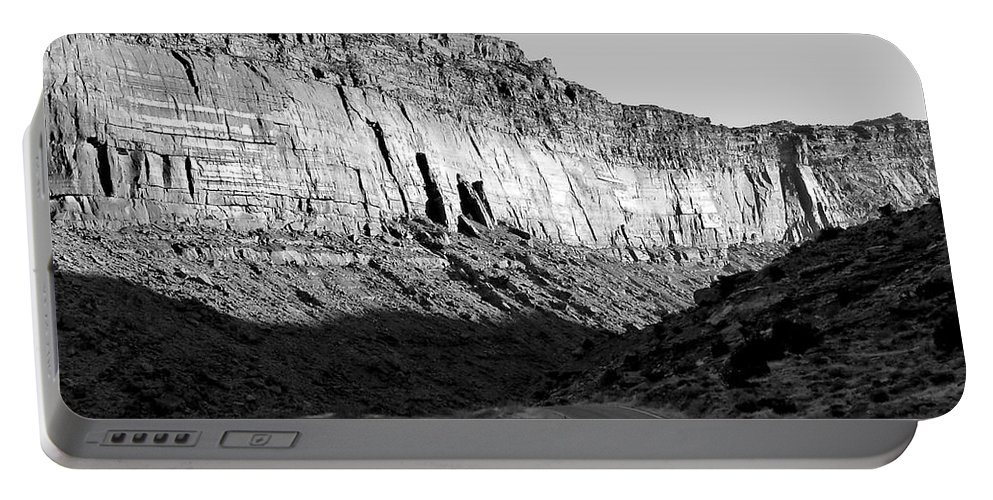 Digital Black And White Photo Portable Battery Charger featuring the digital art Colorado River Cliff Bw by Tim Richards