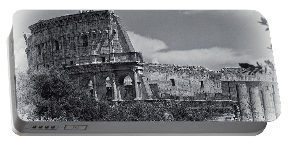 Colosseum Portable Battery Charger featuring the photograph Colosseum by David Pringle