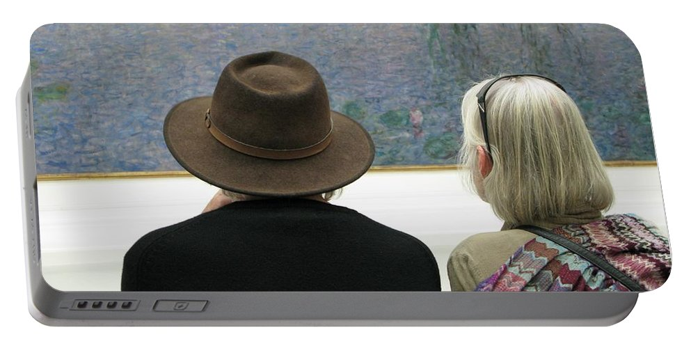 People Portable Battery Charger featuring the photograph Contemplating Art by Ann Horn