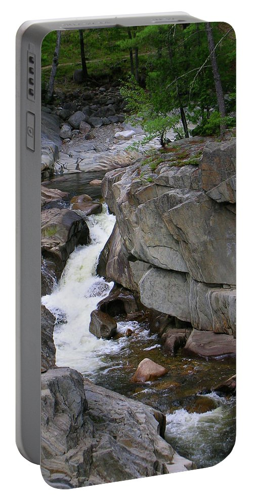 Waterfalls Portable Battery Charger featuring the photograph Coos Canyon 1558 by Guy Whiteley