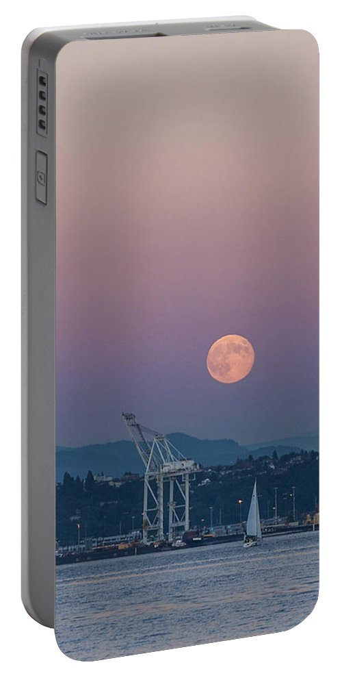 Full Moon Portable Battery Charger featuring the photograph Crane Moon Sail by Scott Campbell