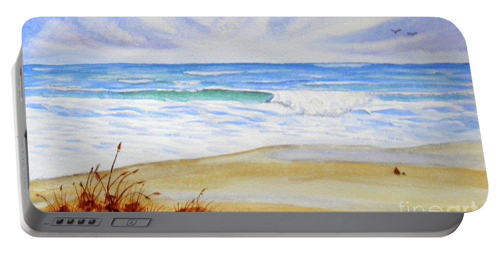 Barbara Griffin Portable Battery Charger featuring the painting Crashing Wave by Barbara Griffin