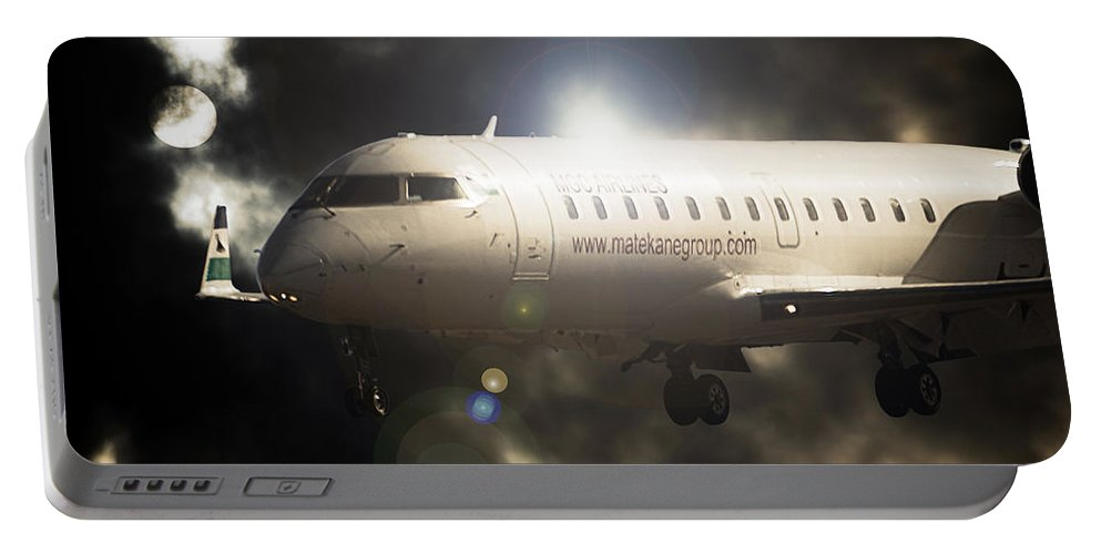 Bombardier Crj 200 Portable Battery Charger featuring the photograph Crj Landing by Paul Job