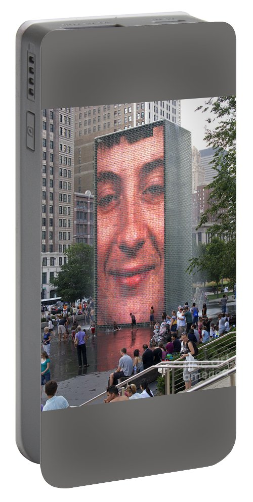 Chicago Portable Battery Charger featuring the photograph Crowd Watching by Ann Horn