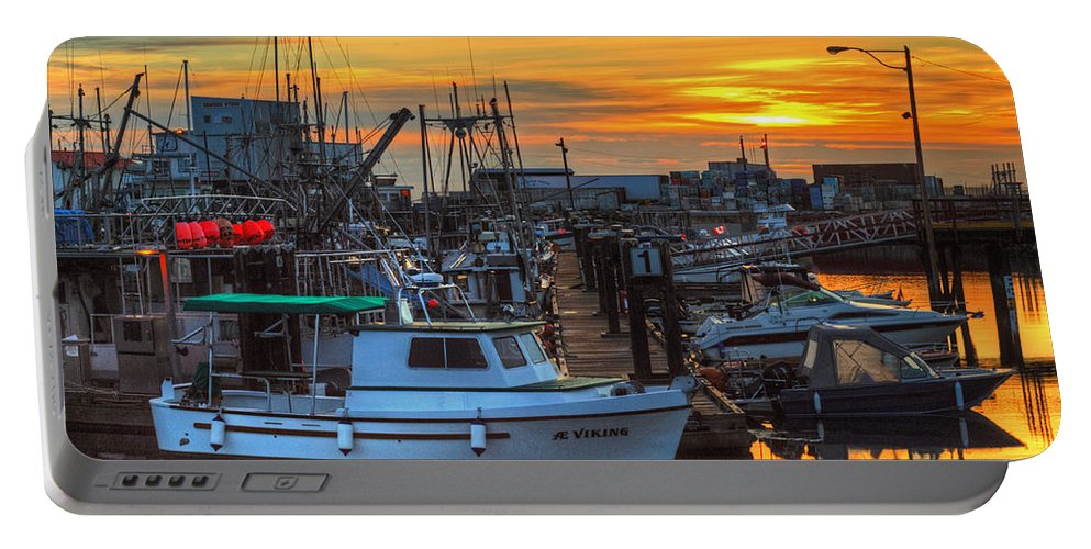 Sunrise Portable Battery Charger featuring the photograph Dawn's Early Light by Randy Hall