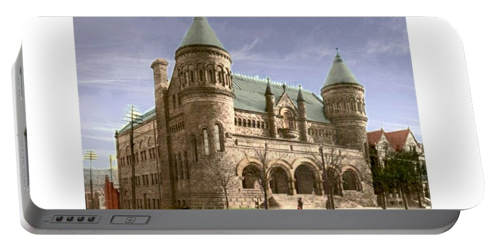 Detroit Portable Battery Charger featuring the digital art Detroit - The Museum Of Art - Jefferson Avenue At Hastings Street - 1905 by John Madison