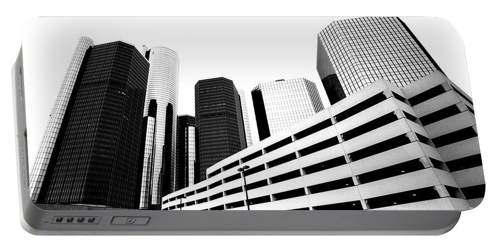 Detroit Portable Battery Charger featuring the photograph Detroit Ren Cen by Steven Dunn