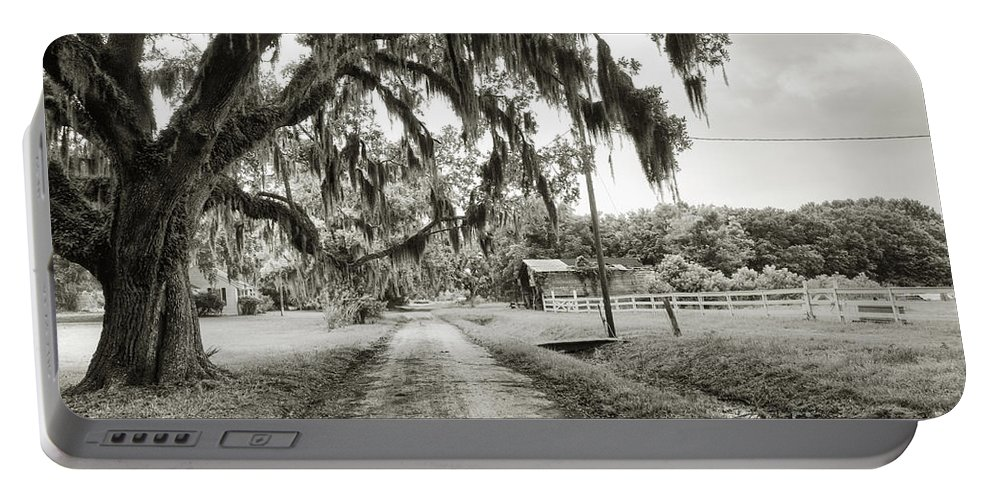 Live Oak Portable Battery Charger featuring the photograph Dirt Road On Coosaw Plantation by Scott Hansen
