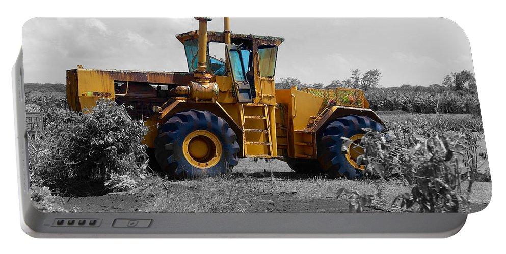 Dole Plantation Portable Battery Charger featuring the photograph Dole Plantation 2 by Richard J Cassato