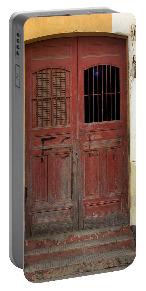 Doorway Portable Battery Charger featuring the photograph Doorway Of Nicaragua 006 by David Beebe