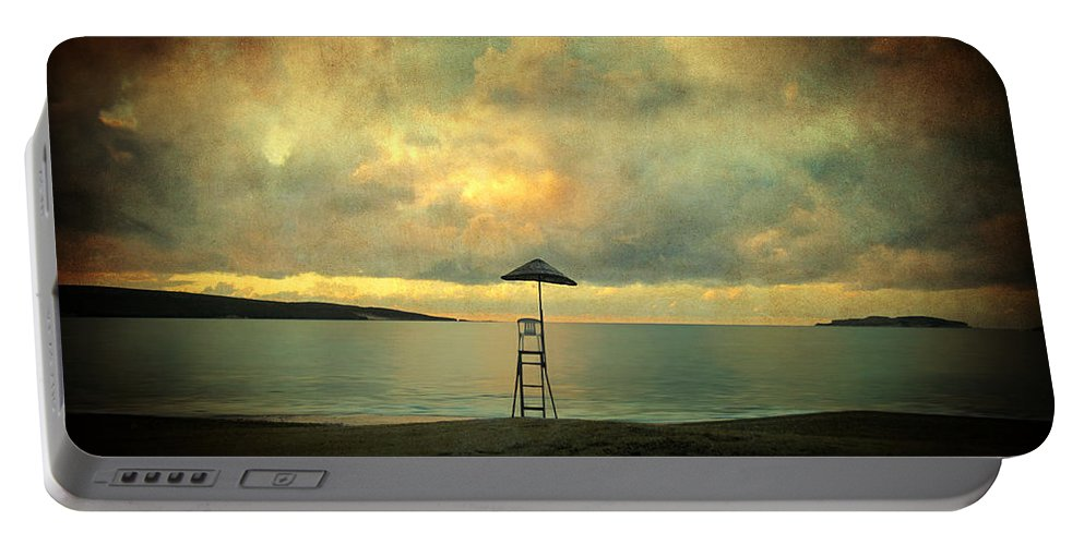Seascape Portable Battery Charger featuring the photograph Dreamscape by Zapista