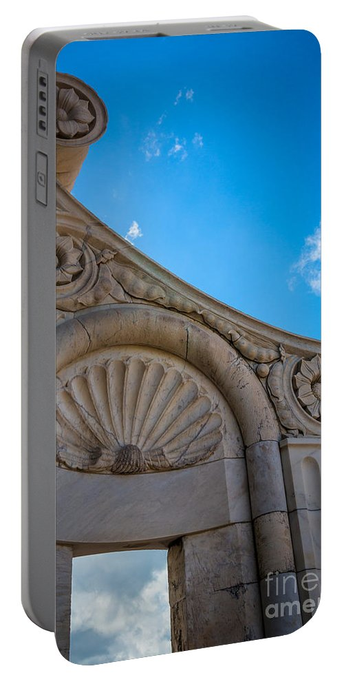 Duomo Portable Battery Charger featuring the photograph Duomo Detail by Inge Johnsson