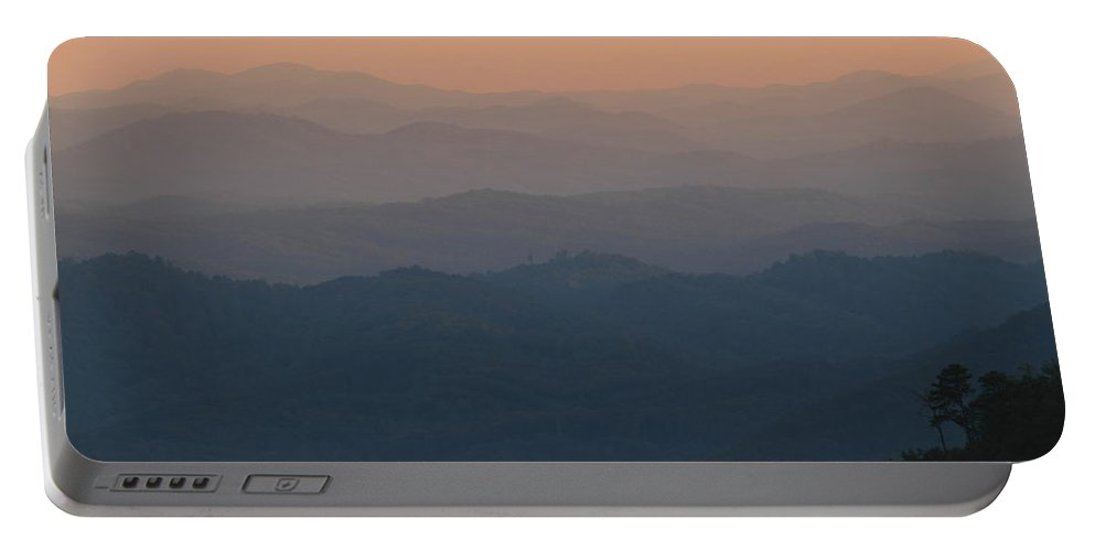 Tennessee Portable Battery Charger featuring the photograph Dusk Over The Mountains by Andrew McInnes