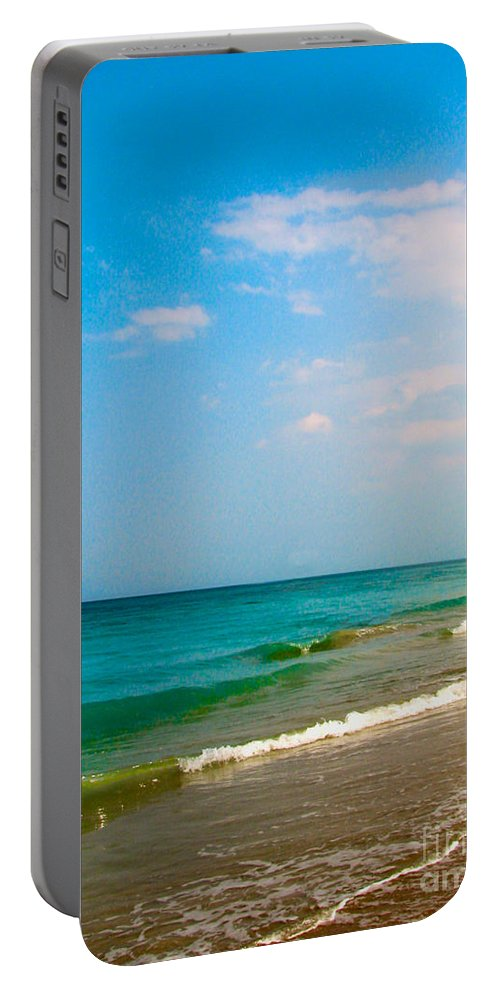 Shoreline Portable Battery Charger featuring the photograph Eastern Shore I by Anita Lewis